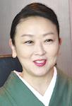 若女将の山泉理江子さん