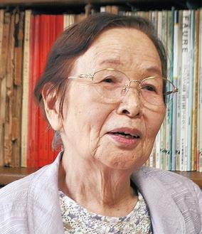 三澤玉江さん昭和8年生まれ、川島国民小学校に通っていた5年生の時に横浜空襲を体験。翌年終戦を迎える。