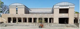 「神奈川フィルハーモニー管弦楽団」の練習拠点にもなっており「音楽文化の発信地」として根付いている「かながわアートホール」