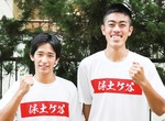 800mで入賞した猪浦さん(右)と佐藤さん