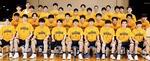 男子バスケットボール部のメンバーら