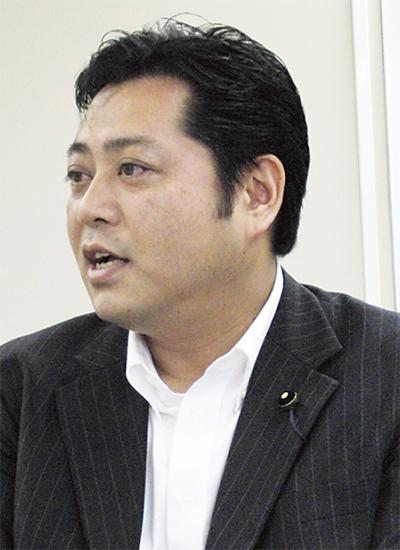 高橋  栄一郎さん