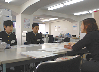 西谷中生が記者体験