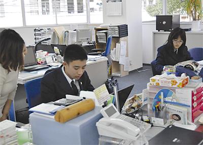 上菅田中生が記者体験