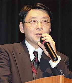 「支え」について講演する小澤氏