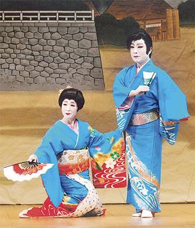 花柳汐富士さん(妻)との相舞踊は息もぴったり