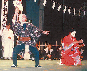 於鶴と亀蔵(86年初披露時)
