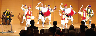 沖縄の伝統芸能・エイサー