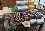 寄付で集まった食糧品