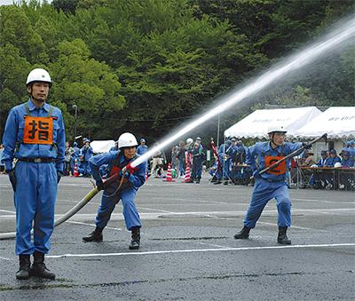 消防団が技術競う