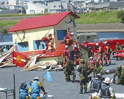 駒岡で震災想定訓練