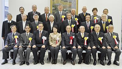 町会長24人に永年表彰