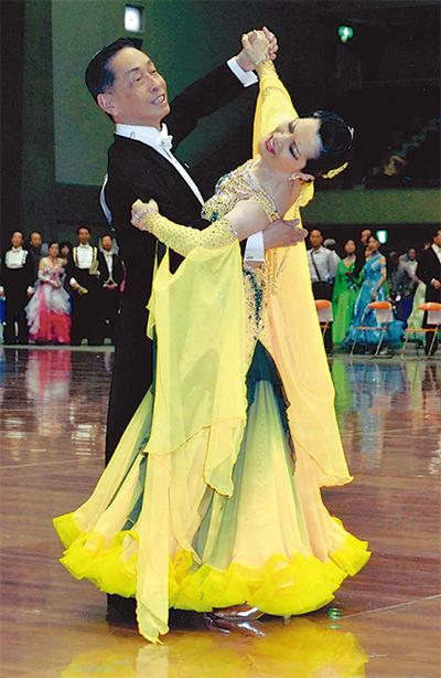 ダンススポーツで栄冠