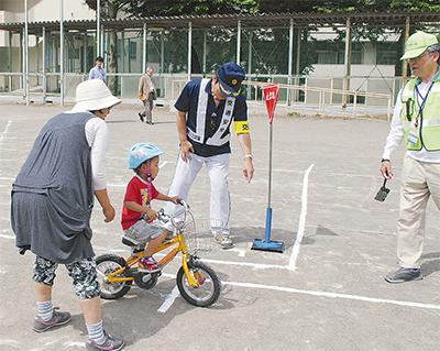 自転車マナー親子で学ぶ