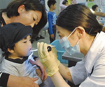 歯と口の無料健診大盛況