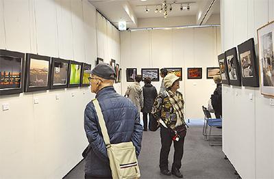 区内写真家の展示会