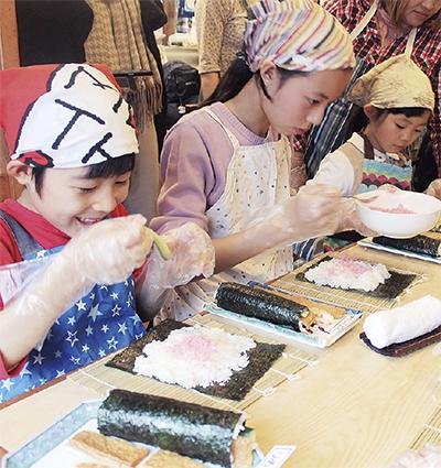 重寿司で恵方巻き体験