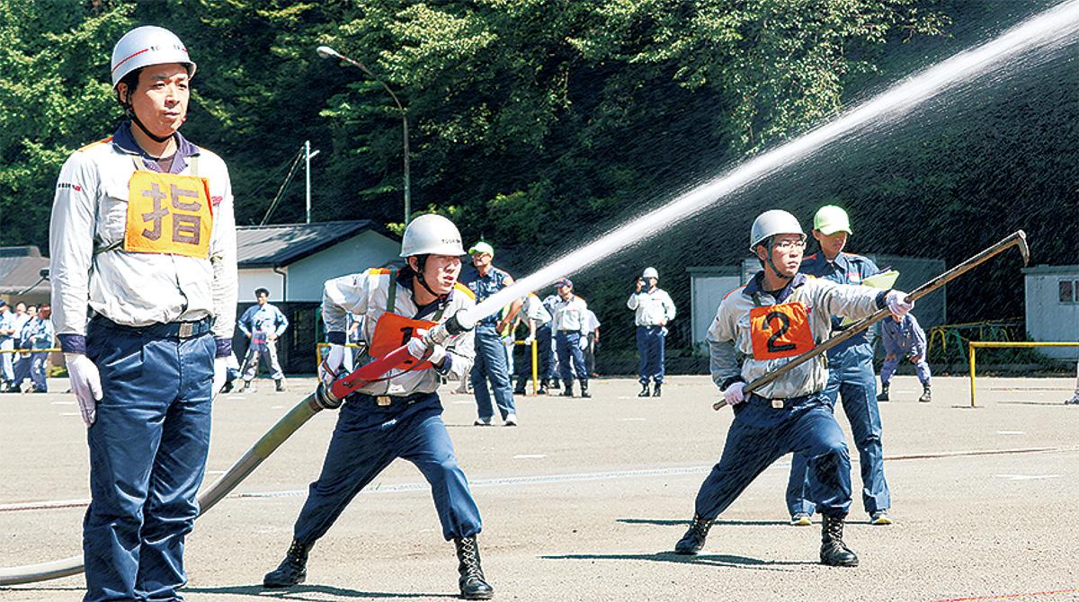 自衛消防の腕競う