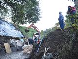 土砂排出作業を行う菅田町の現場
