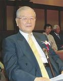 表彰式に参加する須藤さん
