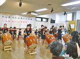 和太鼓サークルの児童たち