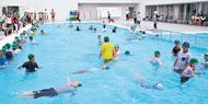 着衣水泳 児童に指導