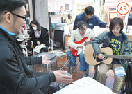 電器屋でギター講座
