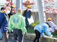 金港LC 児童と花壇清掃