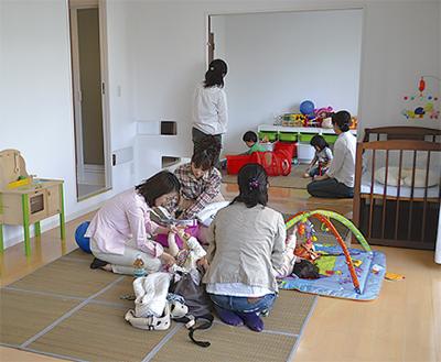 「親子の広場」オープン