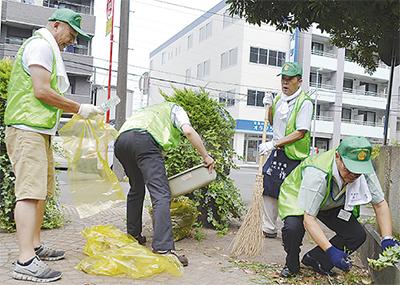 会員有志が公園清掃