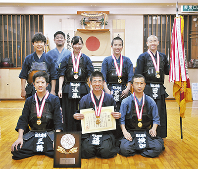 県剣道、中学団体で優勝