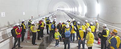 西谷トンネルを公開