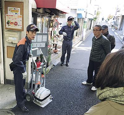 商店街で防災訓練
