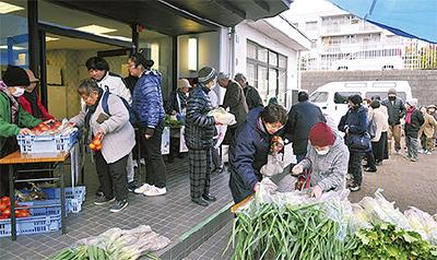 「野菜の移動販売」スタート