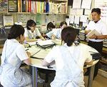 医療現場で正准看護師と意見交換