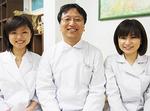 矯正治療専門医を3人に増員。医療の充実とサービスアップを図る。左から:丸山智子さん、下平憲治さん、片岡彩乃さん