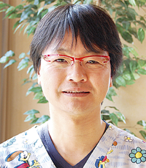 手塚勝也 院長