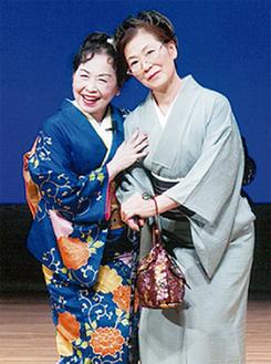 清水マリ子さん(左)と安藤かつ子さん(右)