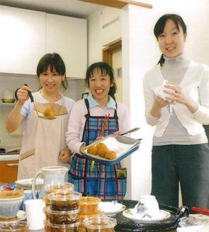 手作りご飯も(=写真は昨年)