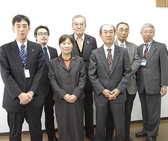第4期区民会議役員と区長、副区長