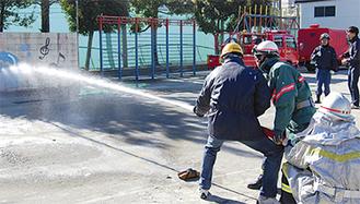 今回初となる放水訓練も行われた