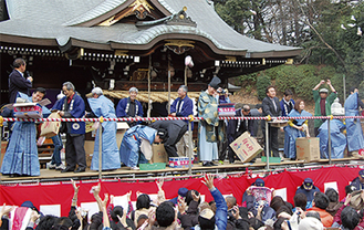 馬絹神社の節分祭