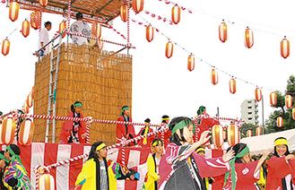 毎年多くの人で賑わう犬蔵自治会の盆踊り