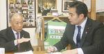 持田和夫鷺沼町会長(左)と対談
