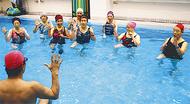 大好評、水中運動と貯筋運動の体験会