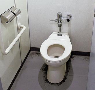 快適化済みのトイレ(幸町小)