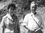 皆川園の初代・善太郎さんと、ムツエさん夫婦