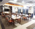 広々とした食堂・談話室