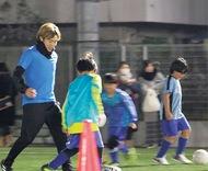 齋藤選手がサッカー指導