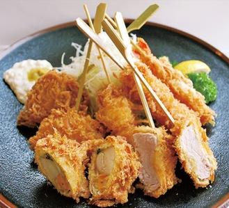 ヒレかつ、魚介3品など合計7種類の串揚げ定食(税抜1500円)